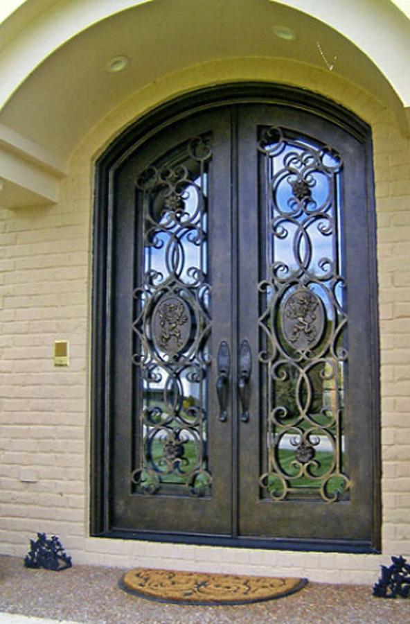 Кованые двери входные